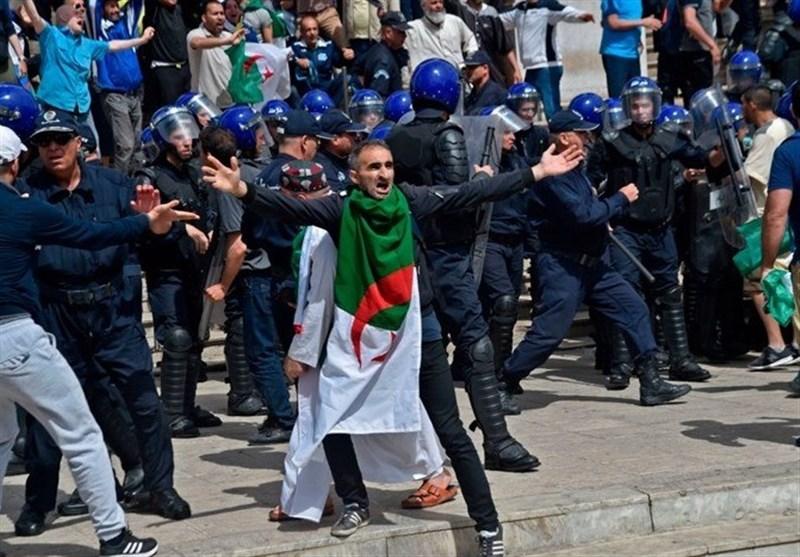 Cezayir'de Sular Durulmuyor: Halk Seçimlerin Ertelenmesini İstiyor