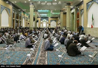 جزء خوانی قرآن کریم در مسجد امام حسن عسگری (ع)-قزوین