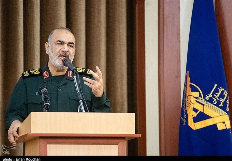 IRGC Chief: Trouble of US Warships Addressed Once and For All