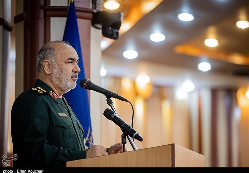Being Unafraid of Powers, Secret to Survival of A Nation: IRGC Commander