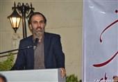 اهدای تندیس انجمن صنفی تماشاخانههای ایران به مهدی شفیعی