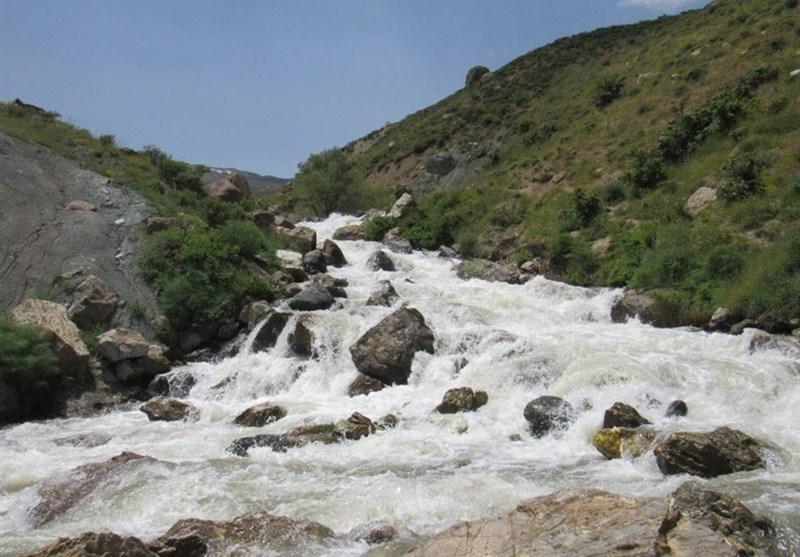 چشم نوازی آبشار 'سوله دوکل' ارومیه در انتهای اردیبهشت