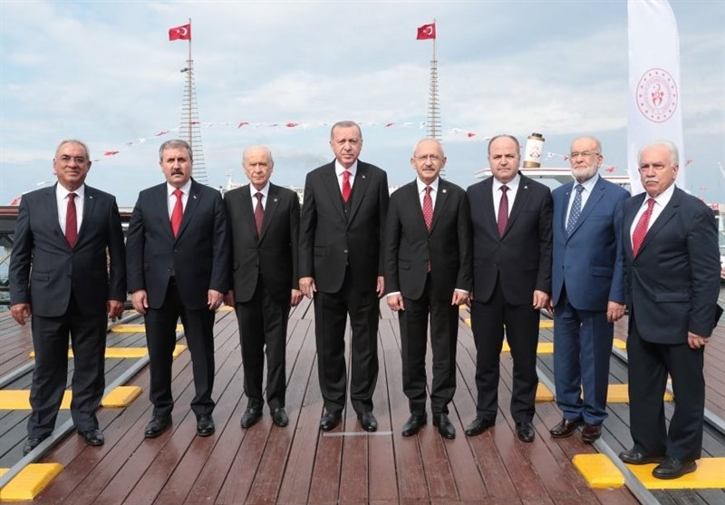 گزارش تسنیم|عکس معنادار سران احزاب ترکیه و غایبین مهم