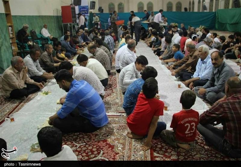 افطاریهای ساده در شهرهای اصفهان؛ رسمی که سفرههای مجلل را پشت سر میگذارد + تصاویر