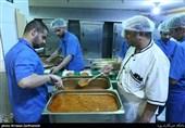 توزیع 15 هزار وعده غذایی توسط آستان قدس در مناطق سیلزده سیستان