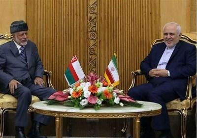 وزیر الخارجیة الإیرانی یستقبل نظیره العمانی+صورة