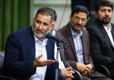 سروده علیرضا قزوه در همراهی با مسلمانان جهان: «دنبال غصب عقل و عشق ماست اسرائیل»