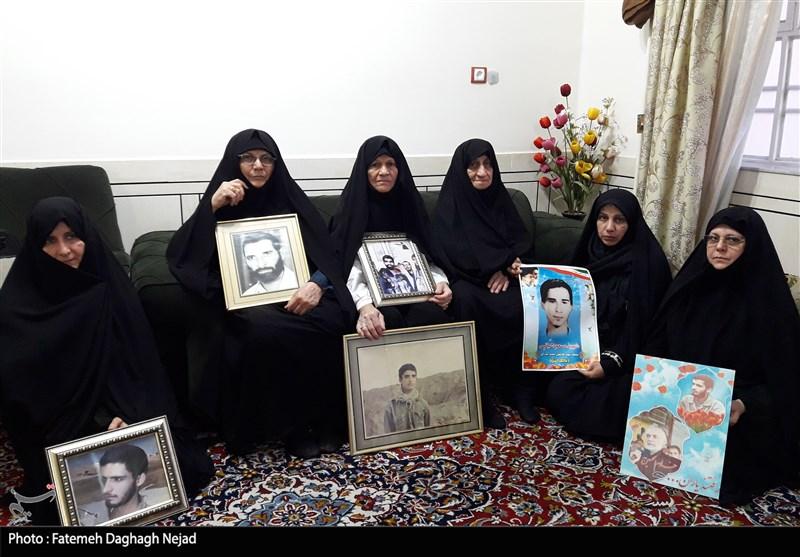 گفتوگوی خواندنی تسنیم با خانواده دزفولی که 4 شهید تقدیم اسلام کرد/روایتی از 9 سال چشمانتظاری مادر+تصاویر