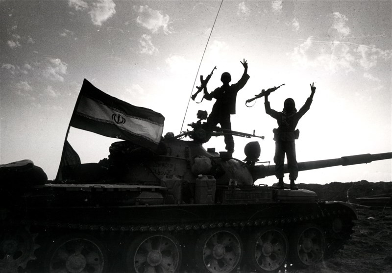 خرمشهر را در اوج محدودیت و تحریم آزاد کردیم