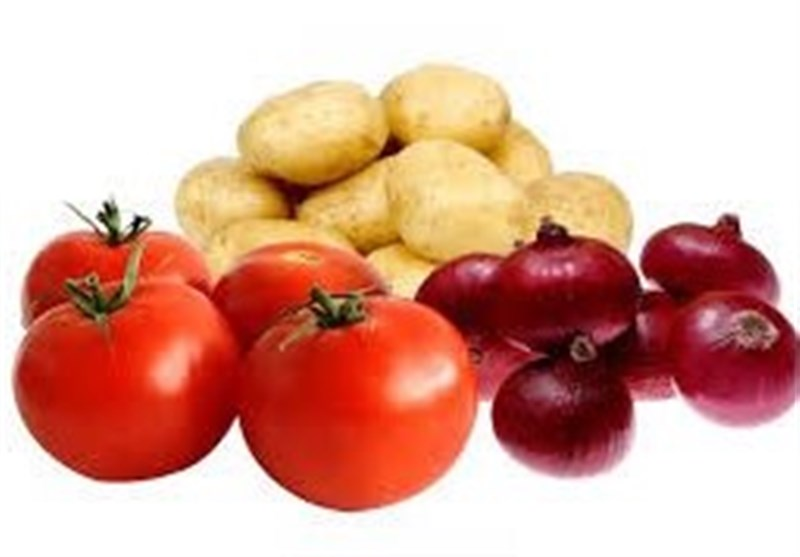 قیمت سیب زمینی در بازار به مرز ۱۰ هزار تومان رسید,