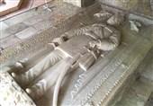 ماجرای انتقال سنگ قبر ناصرالدین شاه به کاخ گلستان/ چرا روایتهای غلط جای واقعیت را گرفت؟ + مستند