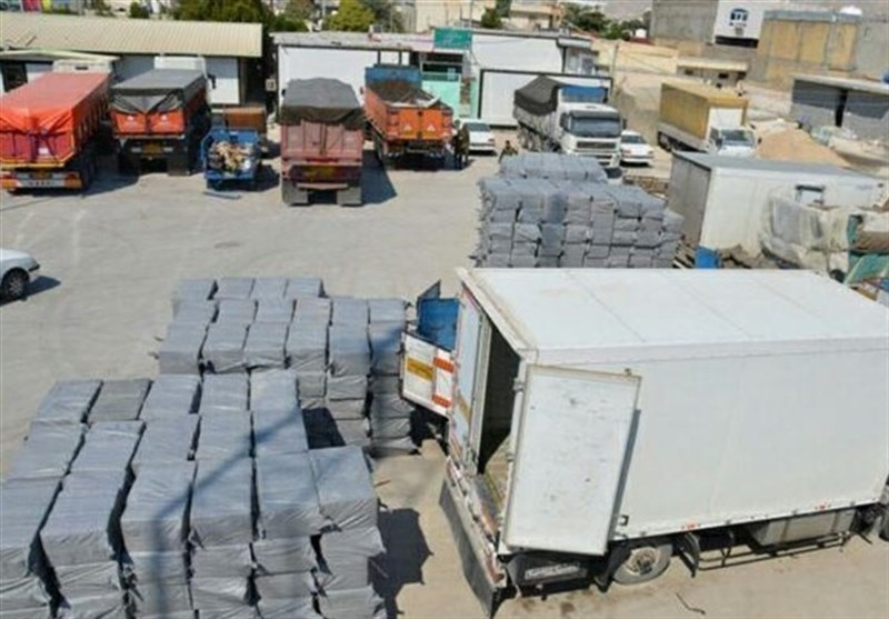 """4 میلیارد ریال انواع کالای قاچاق در """"اهواز"""" کشف شد"""