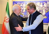 Iranian FM Meets Pakistani Counterpart, Army Commander