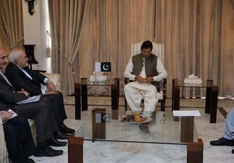 Iranian FM, Pakistani PM Discuss Closer Ties (+Video)