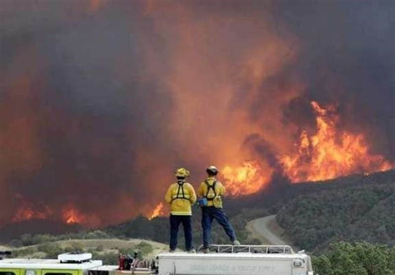 Mexican Navy Helicopter Crashes Fighting Forest Fire