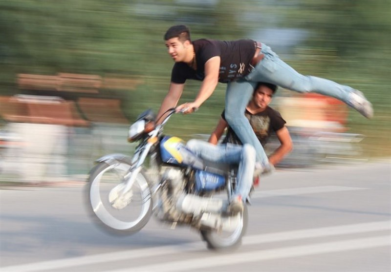 ویراژ مرگ در خیابانهای اراک؛ آدرسهای غلطی که مسئولان به جوانان میدهند