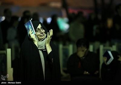 مراسم احیای شب بیست و یکم ماه مبارک رمضان در اصفهان