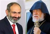 کارشناس آذری: پیشوای ارامنه جهان پاشینیان را به سمت جنگ با آذربایجان سوق میدهد