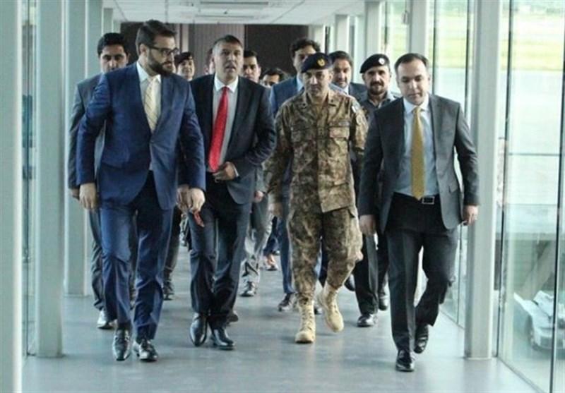دیدار مشاور امنیت ملی افغانستان با رئیس ستاد مشترک ارتش پاکستان