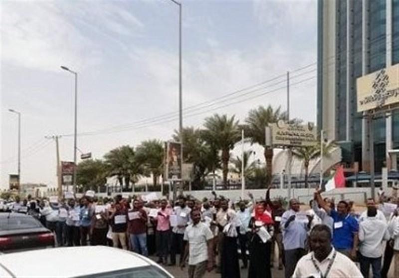حمله نیروهای پلیس سودان به معترضان؛ یک کشته و چندین زخمی