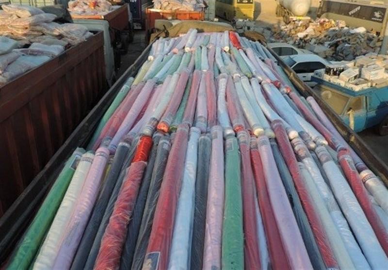بوشهر| انبار کالای قاچاق در دیلم به ارزش 90 میلیارد ریال کشف شد