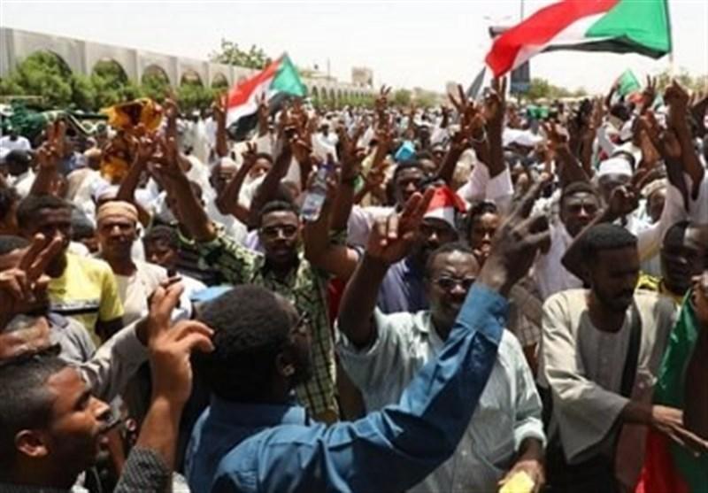 انقلاب سودان؛ از بسترها و زمینههای داخلی تا مداخلههای خارجی