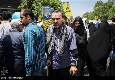 حضور سردار حسن محقق جانشین مسئول اطلاعات سپاه در راهپیمایی روز جهانی قدس - تهران