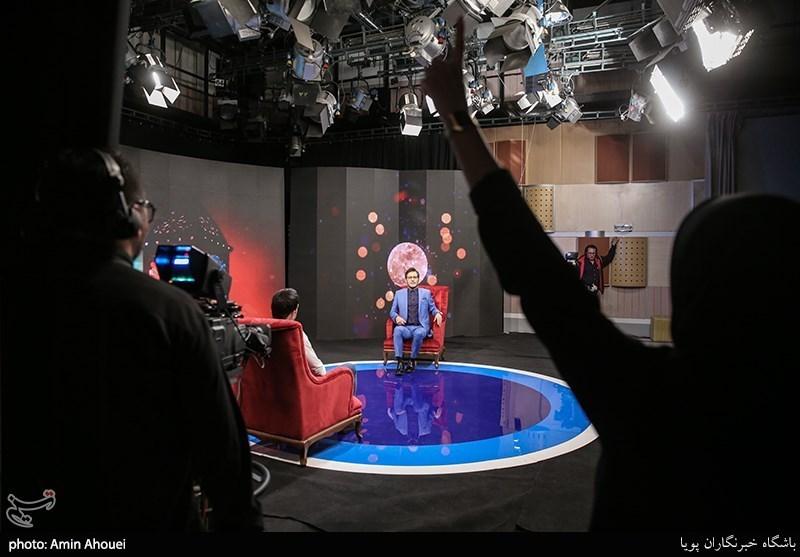 پشت صحنه| تهیهکننده «مسافر ماه»: برنامههای فاقد ایده صرفا کپیکاری است/ آزادی: یک جایی باید جلوی سلبریتیمحوری در تلویزیون ایستاد