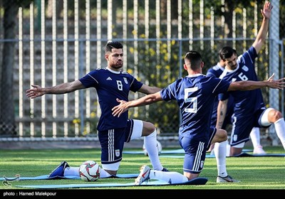 مرتضی پورعلی گنجی در تمرین تیم ملی فوتبال ایران