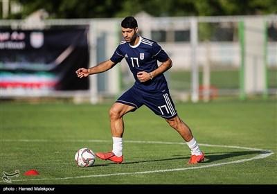 مهدی طارمی در تمرین تیم ملی فوتبال ایران