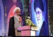 نماینده ولی فقیه در سپاه: انقلاب اسلامی در حال پس زدن استکبار جهانی است/ دولت باید تحولآفرین باشد