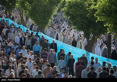 اقامه نماز عید سعید فطر در کرمانشاه