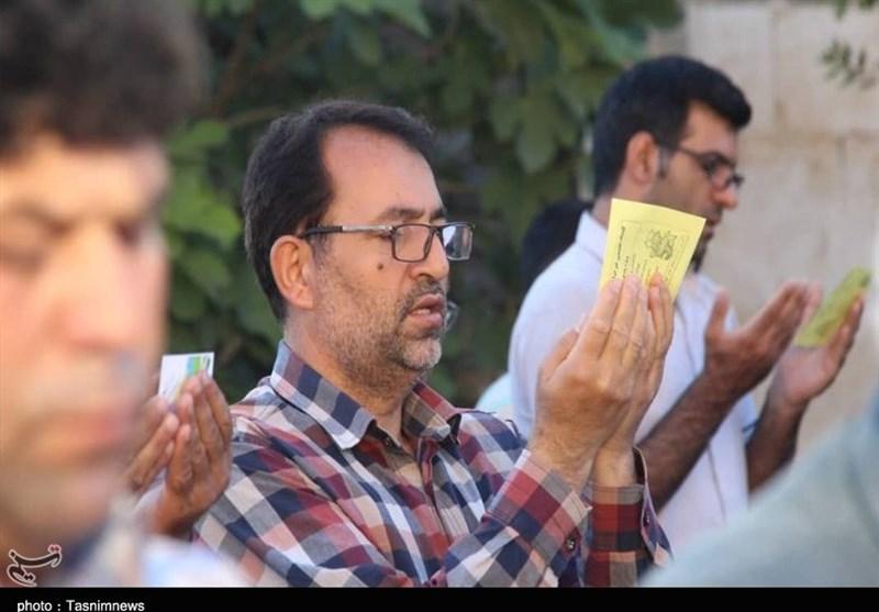 اقامه نماز عید فطر در ایلام به روایت تصویر