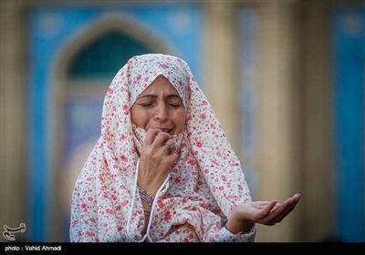 اقامه نماز عید فطر - امامزاده صالح(ع)