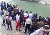 نجات 9 دانشآموز گرفتار در سد ماملو خجیر