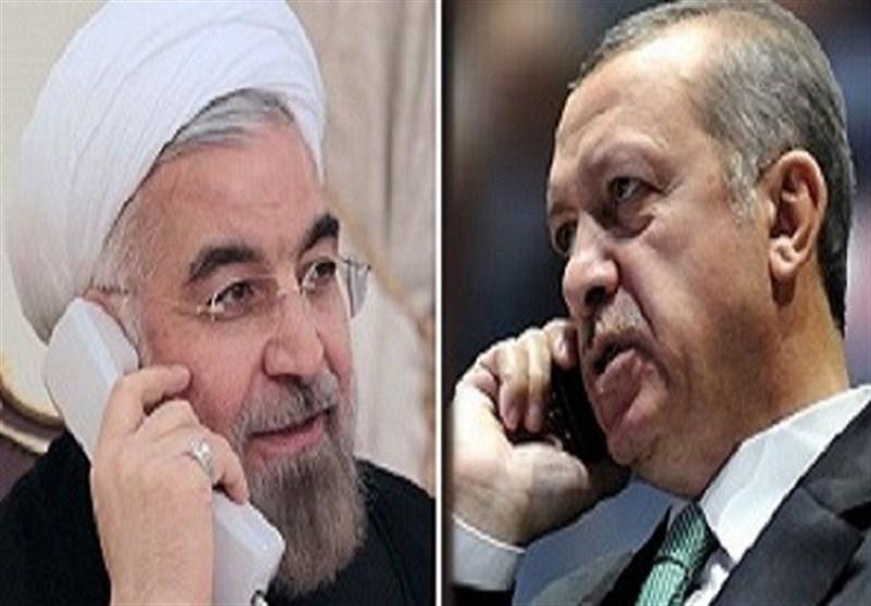 روحانی در تماس تلفنی با اردوغان: سکوت در برابر اقدام متجاوز موجب جسارت بیشتر او میشود