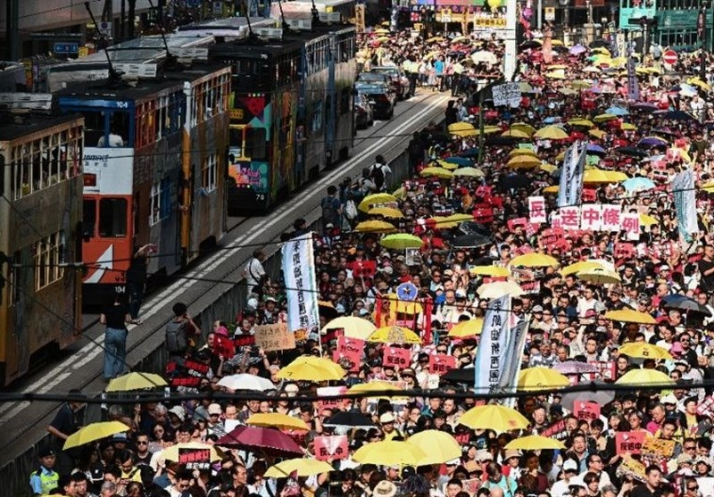 Demonstrators March in Hong Kong in New Weekend of Protest