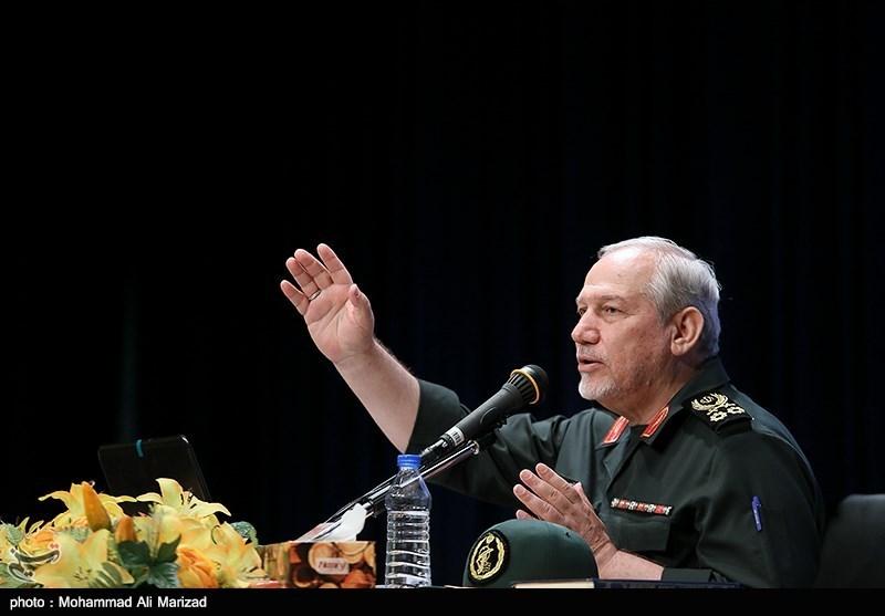 سرلشکر رحیمصفوی: راه شهیدان جبهه مقاومت ادامه خواهد داشت / معامله قرن همچون طرح خاورمیانه بزرگ شکست میخورد