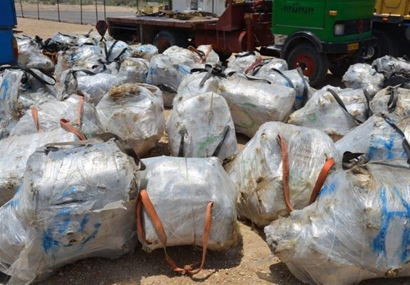 بوشهر  محموله قاچاق 20 میلیاردی قطعات خودرو خارجی در عسلویه کشف شد