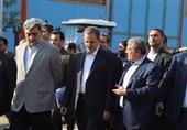 بازدید معاوناول رئیسجمهور و حناچی از کارخانه واگنسازی تهران+ عکس