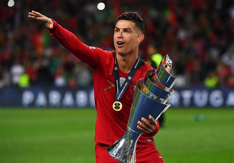 فوتبال جهان  رونالدو: قهرمانی در لیگ ملتها کار سختی بود/ تا جایی که انگیزه و قدرت داشته باشم برای پرتغال بازی خواهم کرد