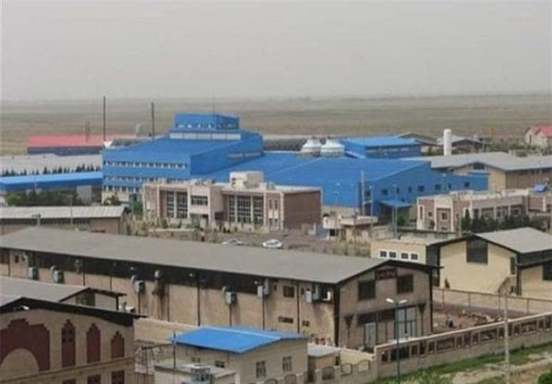 تمام واحدهای صنعتی لرستان تحت نظارت محیط زیست است