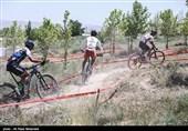 قهرمانی رکابزن ترکیهای در مسابقات بینالمللی بام ایران/ نصف خارجیها رنگ خط پایان را ندیدند