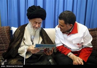 دیدار علیاصغر پیوندی مدیرعامل جمعیت هلال احمر کشور با آیتالله علوی گرگانی مرجع تقلید شیعیان