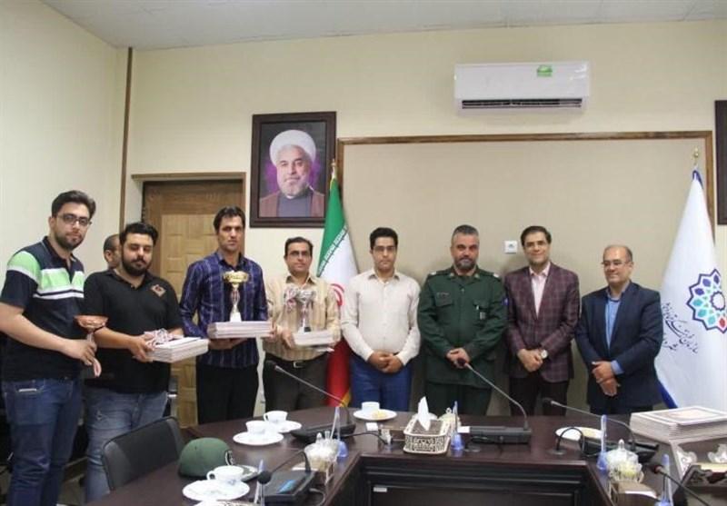 نفرات و تیمهای برتر مسابقات جام رمضان محلات در یزد تجلیل شدند
