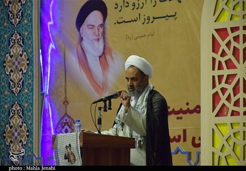 کرمان| جامعه امروز به تبیین سیره شهدا نیاز دارد