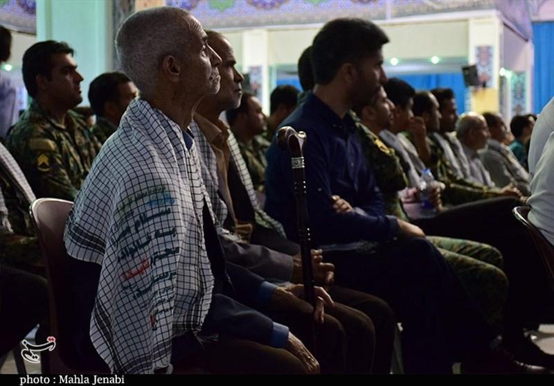 خانواده شهدای نیروی انتظامی استان کرمان تجلیل شدند