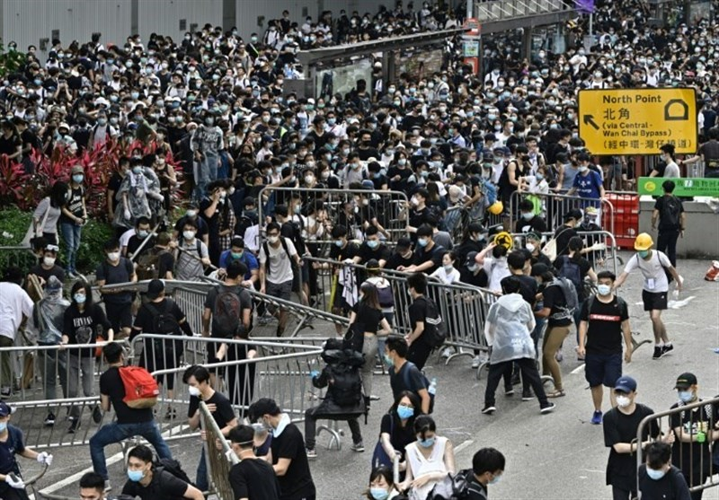 Protests Paralyze Central Hong Kong