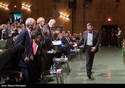 صادق واعظ زاده رئیس مرکز الگوی اسلامی ایرانی پیشرفت در هشتمین کنفرانس الگوی اسلامی ایرانی پیشرفت
