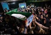 وداع باشکوه مردم با پیکر شهید جنتی، «حاج حیدر» مدافعان حرم+عکس و فیلم